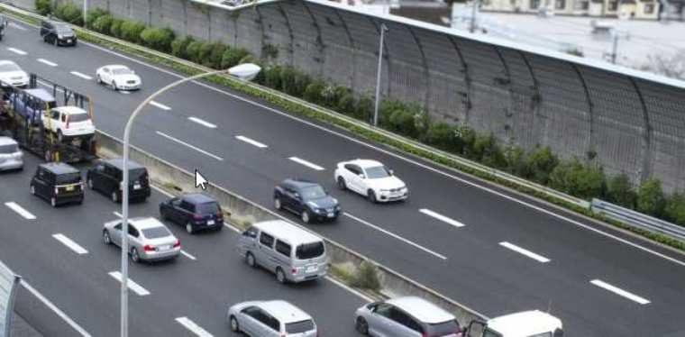 車の交通量を調査するアルバイト