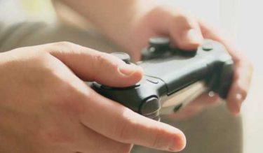 ゲーム好きにオススメの副業!ゲームのアイテム販売やアカウントの出品で稼ぐ