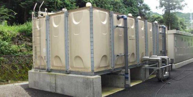 貯水タンクの清掃を補助するアルバイト